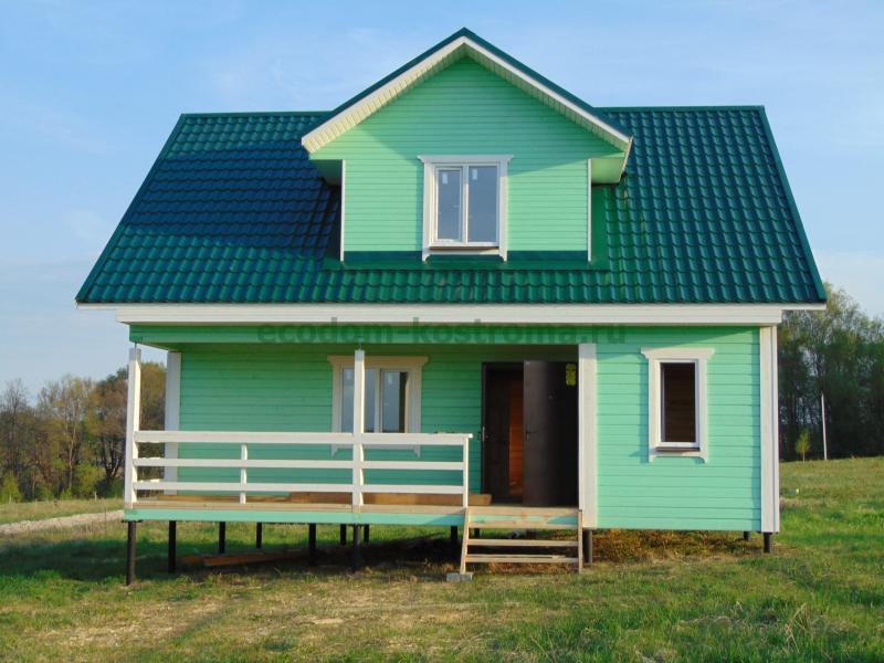 Удобный деревянный дом из бруса