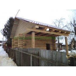 Баня из бревна ручной рубки в Истринском районе